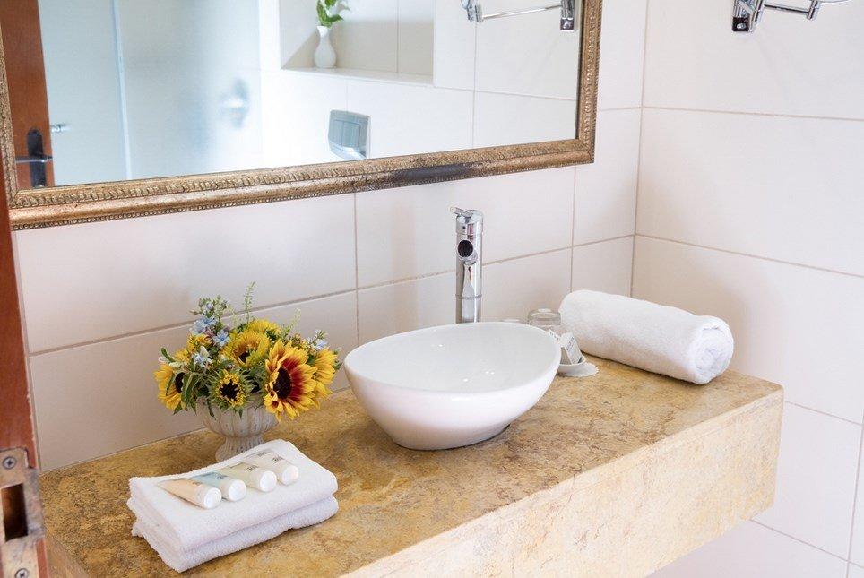 מלון פסטורל כפר בלום - חדרי דלקס אמבט