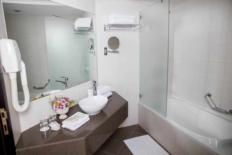 מלון פסטורל כפר בלום - חדרי הפרימייר אמבט