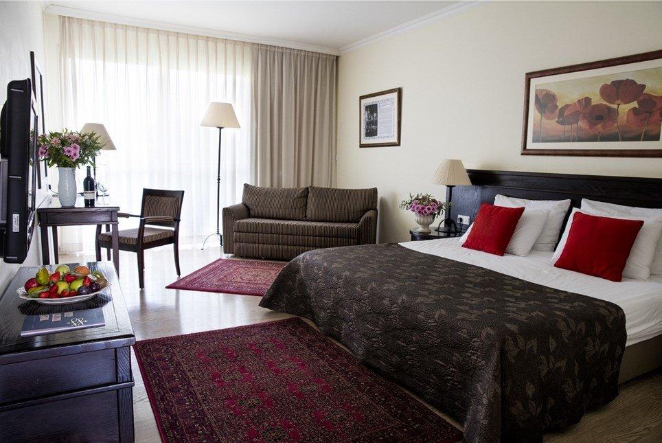 מלון פסטורל כפר בלום - חדרי הפרימייר חדר שינה